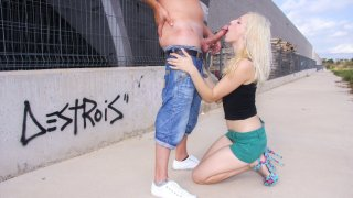 Spanish blondie Liz Rainbow takes a hot outdoor pounding and facial - Chicas Loca