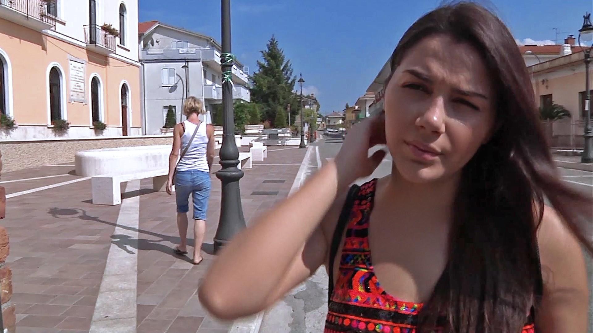 Italian Girl Fucks Bro - Public Pickups